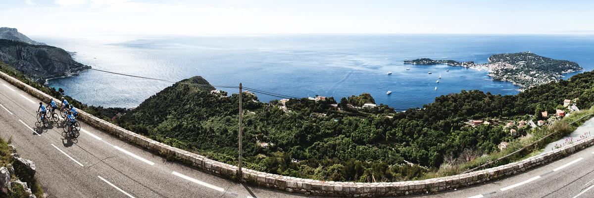 <h2>Balade en bord de mer : <br>de l'Italie à l'Esterel en passant<br> par Monaco, Nice, Cannes….</h2>