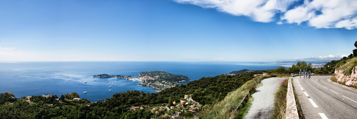<h2>Discover the highland around Nice.<br> Hilly routes with unforgettable views<br> over the Mediterranean.</h2>
